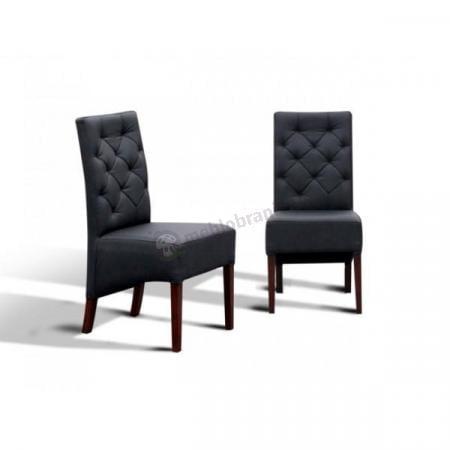 krzesło pikowane w romby
