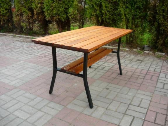 """Stół ogrodowy """"Miejski"""" bez ozdoby"""